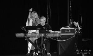 Anastacia junto a su pianista. Fotografía de Ana Belén Robles