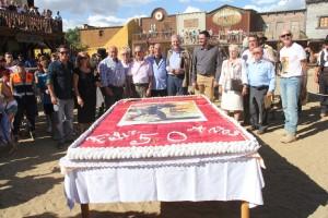 Foto de familia del Homenaje 50 Aniversario - Fotografía de Ana Belén Robles