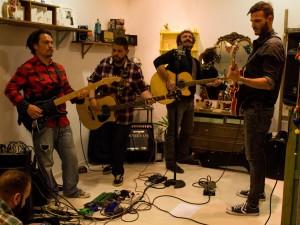 Lee Yi, Marco Kowalski, Javier Arnal y Pepo Galán durante el concierto. Fotografía de Miguel Ruiz