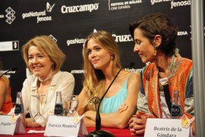 María Pujalte, Patricia Montero y la productora Beatriz de la Gandara. Fotografía de Ana Sonia Macías Martín.