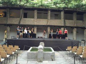 """Ensayo previo de la compañía """"Teatro para un instante"""". Fotografía de Mai Serrano"""