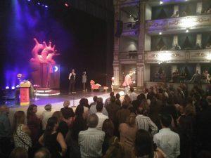 """Álex O´Doguerty al final de """"El amor es pa ná"""" en el Teatro Cervantes"""