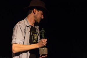 """Javier Godoy. Premio RTVA a la mejor obra andaluza de género western: por """"Pagaron justos por pecadores"""". Fotografía de Carlos Freire"""