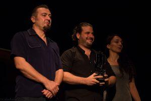 """Alejandro Rius. Premio al mejor cortometraje internacional por """"La primera piedra"""". Fotografía de Carlos Freire"""