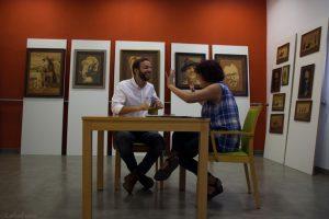 Entrevista con Guillermo Fernández de Oliveira en el Almería Western Film Festival. Fotografía de Carlos Freire