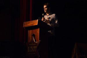 Miguel Blanco durante su conferencia en el Almeria Western Film Festival. Fotografía de Carlos Freire