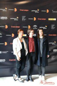 """Productoras y Carla Simón, directora de """"Verano 1993"""". Ganadoras de la Biznaga de Oro a la Mejor Película. Fotografía de Mai Serrano."""