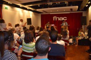 Arco durante su actuación en Fnac Málaga