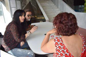 Efecto Mariposa durante nuestra entrevista. Fotografía de Tamara Ramírez.