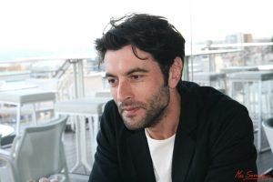 Javier Rey durante nuestra entrevista. Fotografía de Mai Serrano.