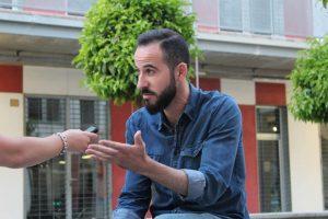 Javier Navas durante nuestra entrevista. Fotografía de Arantxa Catalá.