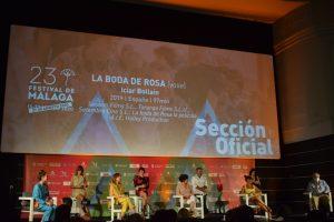 """El equipo de """"La boda de Rosa"""" durante la rueda de prensa en el Cine Albéniz."""