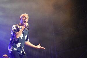 Sergio Dalma durante su concierto en Málaga. Fotografía de Irene Muñoz.